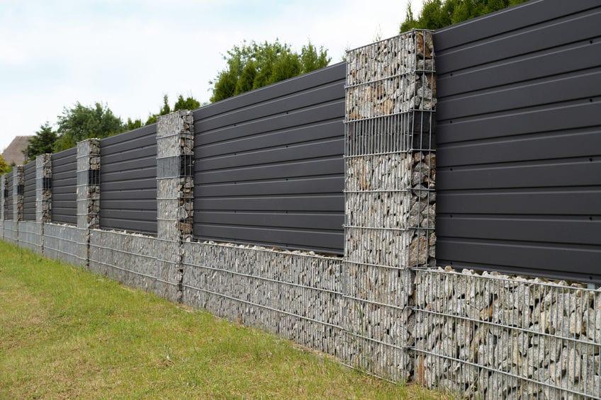Fabrication de clôtures et de murettes